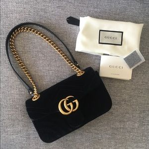 Gucci marmont bag velvet black small